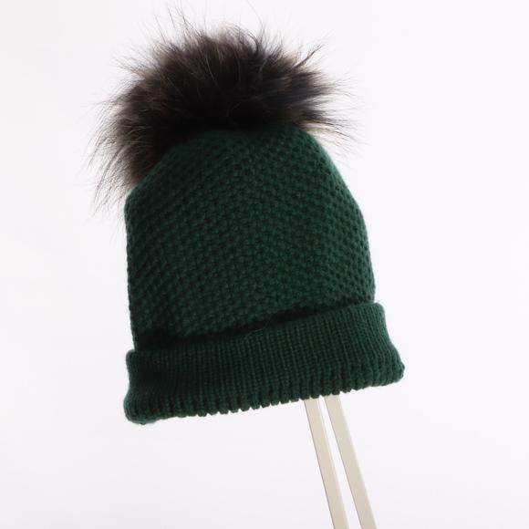 8994f7faaaff47 Raffaello Bettini Green Cashmere Hat Fur Pom. M_5bc92b83df0307e6f77d124f